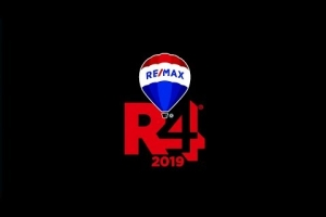 2019 RE/MAX R4 Convention Happy Faces